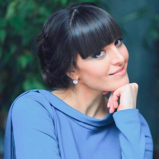 Менеджер проектов Анна Ющенко